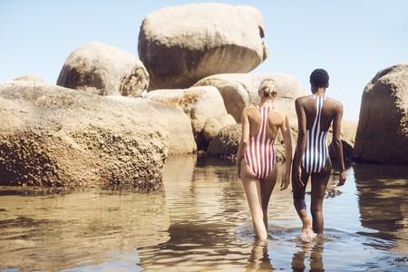 Este verano no irás a ningún sitio sin tu bañador de rayas: estas son las 9 propuestas más intagrammeables