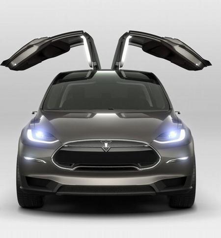 tesla-model-x-puertas-gaviota-1.jpg