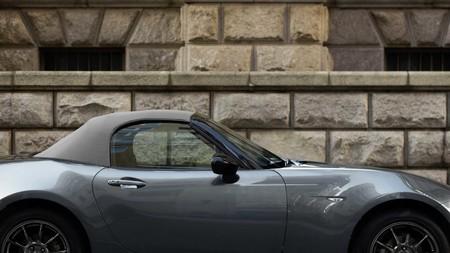 Mazda Mx 5 R Sport 2