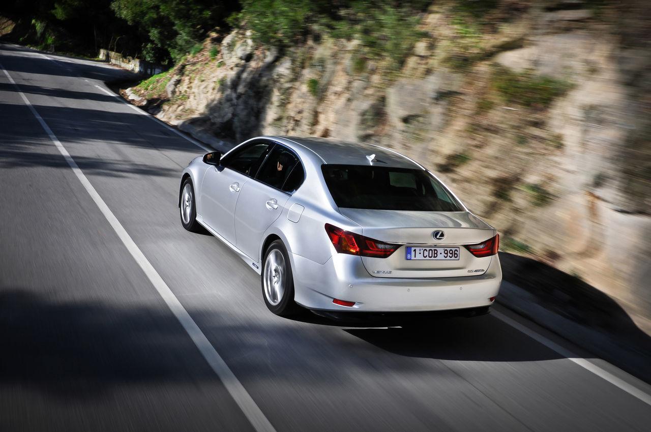 Foto de Lexus GS 450h (2012) (18/62)