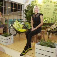 Maya Hansen crea este precioso espacio de aires tropicales en la Mercedes-Benz Fashion Club