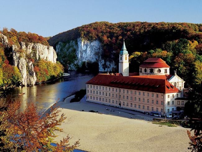 Bearbeitet Kloster Weltenburg C Bayern Tourismus Marketing Gmbh Ret