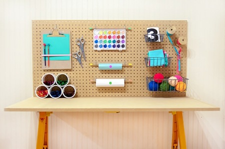Hazlo tú mismo: una mesa de trabajo para niños