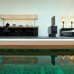 Foto 10 de 14 de la galería una-de-las-piscinas-mas-curiosas-del-mundo-red-pool-en-el-hotel-the-libray en Diario del Viajero