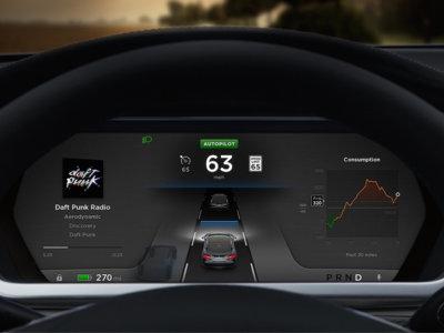 La información dada por Tesla a sus clientes acerca del uso del Autopilot en el punto de mira de la NHTSA