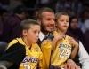 06_David Bekham con sus hijos2.jpg