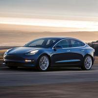 Batacazo de Tesla en bolsa tras reducir en 2.000 dólares el precio de sus coches en Estados Unidos