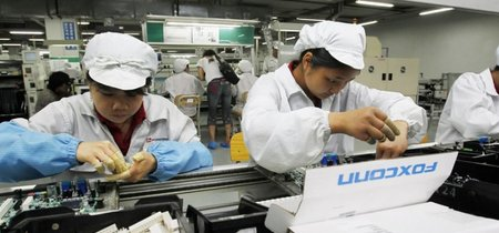 Foxconn acusada de emplear ilegalmente a estudiantes para fabricar los iPhone X de Apple