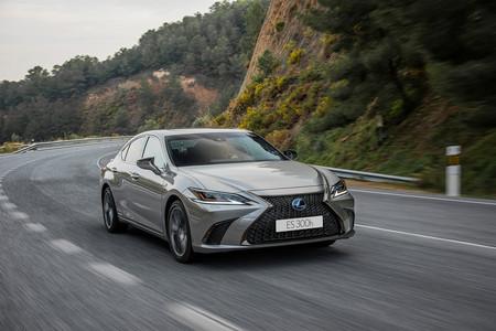 Estos son los coches y marcas más fiables de 2019 según JD Power: Lexus, Porsche y Toyota, las mejor valoradas