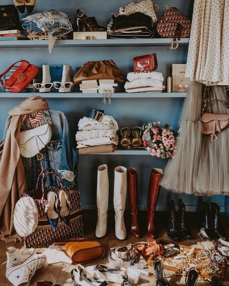 13 trucos para limpiar tu ropa antes de guardarla si te toca cambio de armario