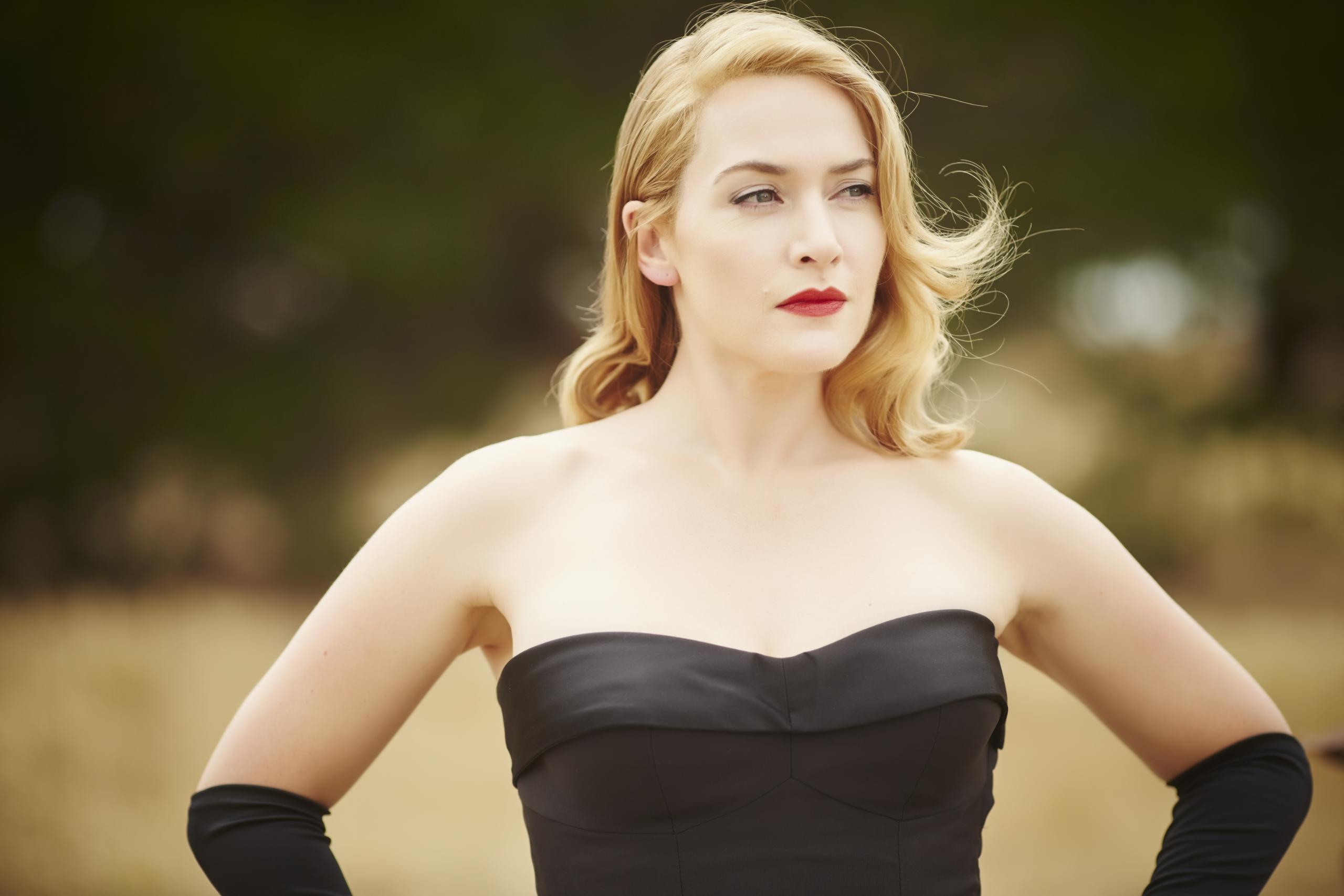 Foto de Kate Winslet es la protagonista del fascinante vestuario de 'La Modista' (2/22)