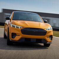 Ford le pone precio a la versión GT del Mustang Mach-E: el Tesla Model Y Performance tendrá un nuevo competidor este mismo año