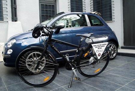 Bicicletas eléctricas como coche de sustitución para el Fiat 500
