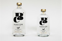 Black Cow, el primer vodka elaborado a base de leche de vaca