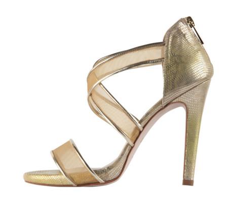 ad7d1035e4f62 15 sandalias doradas con tacones de vértigo  perfectas para ir de boda