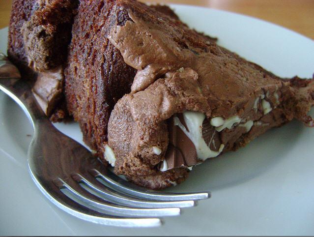 Pastel de chocolate con lactosa