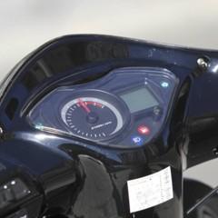 Foto 12 de 53 de la galería mx-motor-c5-125-primer-scooter-de-rueda-alta-de-la-marca-espanola en Motorpasion Moto