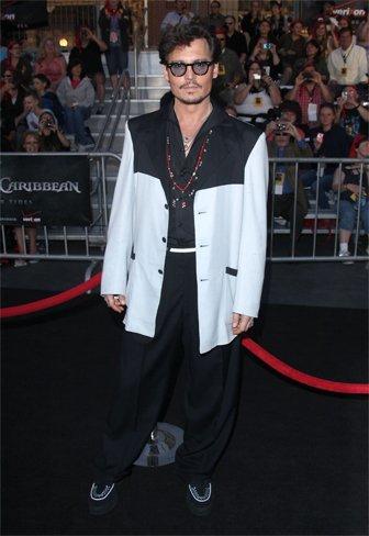 johnny-depp-piratas