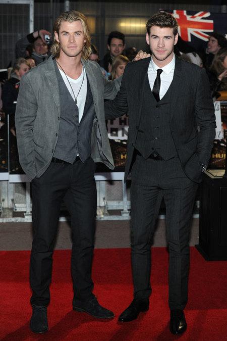 Liam y Chris Hemsworth, par de guapérrimos en el estreno de 'Los Juegos del Hambre'