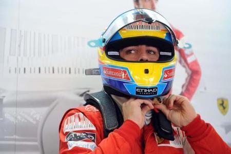 Fernando Alonso cree que Mercedes podrá luchar por el título
