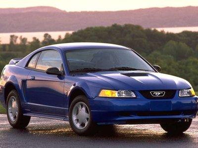 ¡La espera terminó! Este es el nuevo Ford Mustang 2000