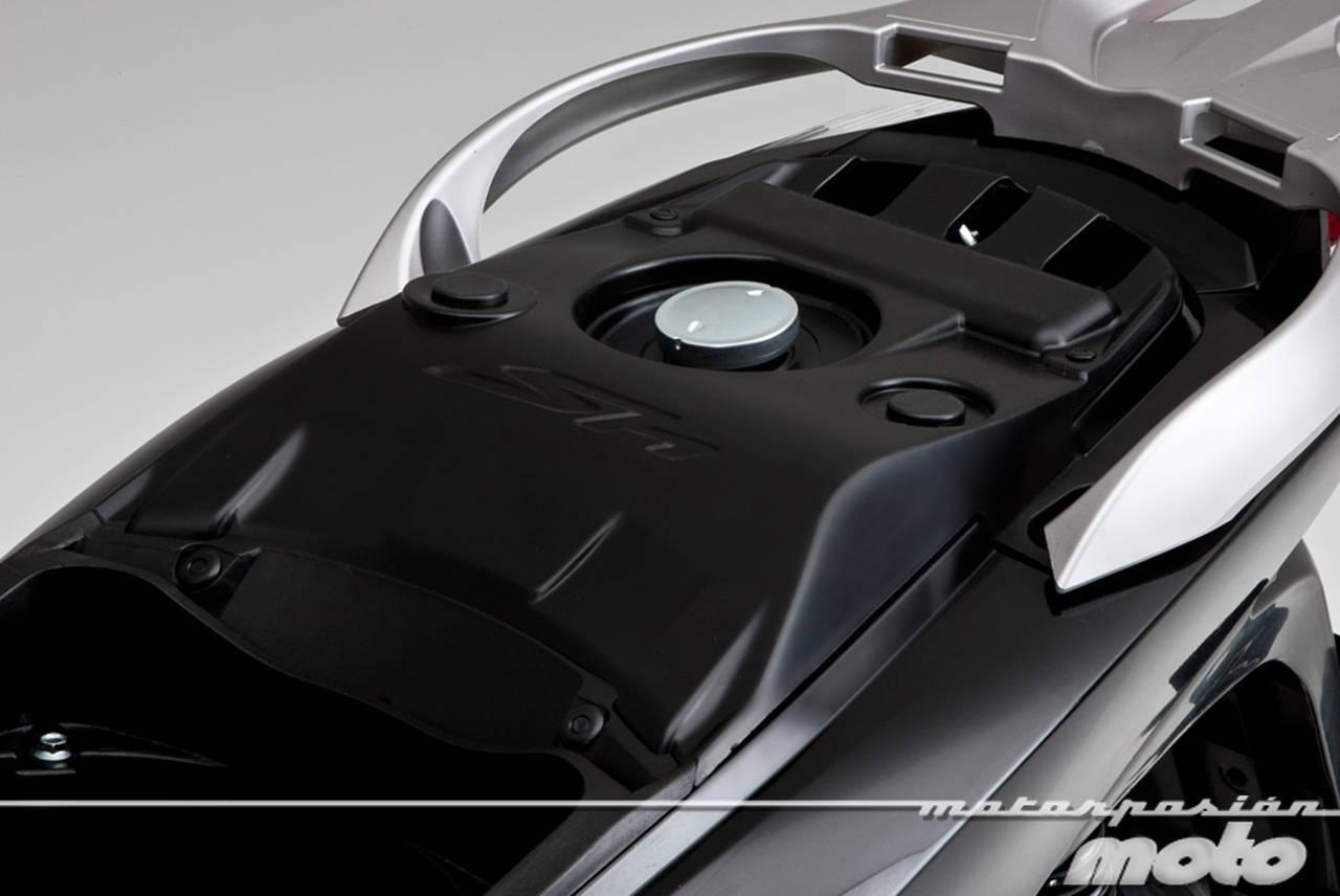 Foto de Honda Scoopy SH125i 2013, prueba (valoración, galería y ficha técnica)  - Fotos Detalles (21/81)