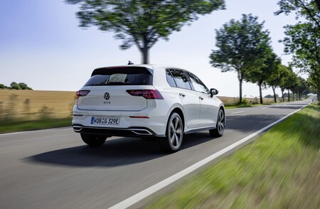 Volkswagen Golf Gte 02