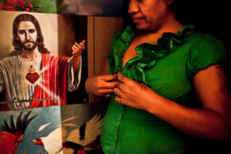 'Hijas de ningún Dios', de Nuria López Torres, dando voz al drama de las víctimas del tráfico de mujeres en México
