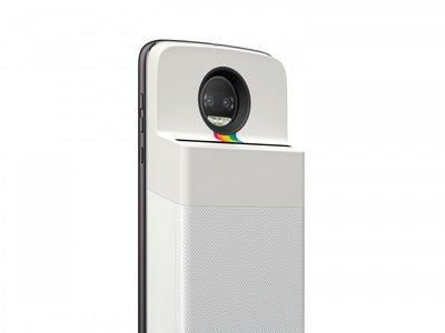 El próximo Moto Mod te permitirá imprimir tus fotos al momento gracias a Polaroid