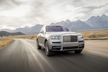 Rolls-Royce, la marca de súper lujo confirma su entrada al mundo de los autos eléctricos con el Silent Shadow