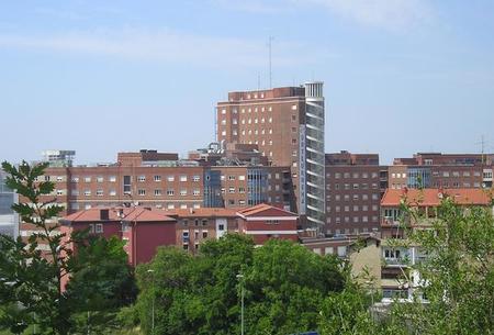 El programa eléctrico del Hospital de Cruces va viento en popa