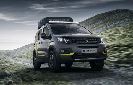 El Peugeot Rifter se transforma en un concept todoterreno equipado con tienda de campaña y bici de montaña eléctrica