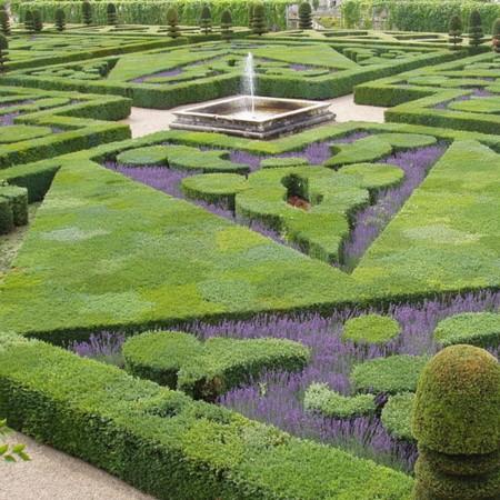 Jardines del castillo de Villandry (Francia)