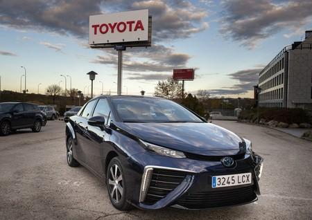 Toyotamirai15