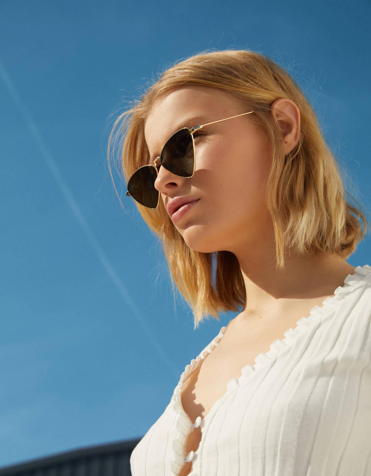 Gafas de sol triangulares