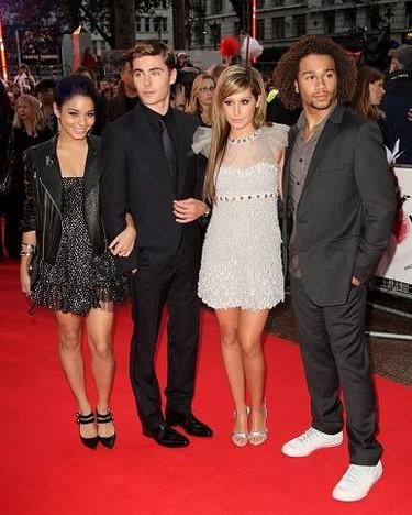 Ashley Tisdale, Vanessa Hudgens y Zac Efron, en la premiere de High School Musical 3 en Londres