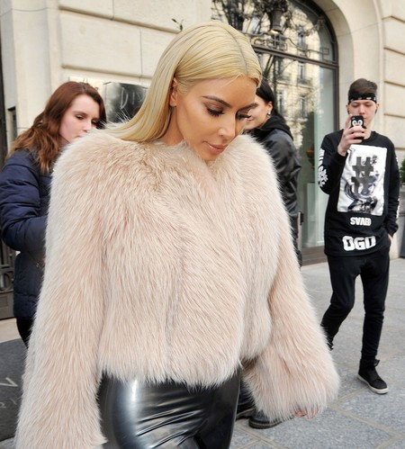 Kim Kardashian Deja Pieles1