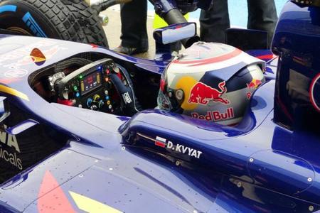 Carlos Sainz Jr y Alex Lynn por el asiento en Toro Rosso
