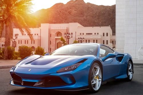 El dinero no siempre basta para comprar un Ferrari: los requisitos para ganarse el derecho a ciertos modelos