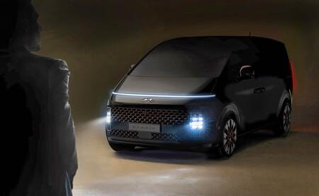 El Hyundai Staria es el nuevo monovolumen de lujo de la marca y tiene al Mercedes Clase V en el punto de mira