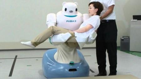 En las residencias de ancianos de Japón son los robots los que aspiran a un puesto de trabajo