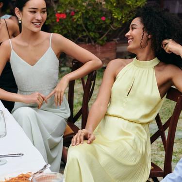 Estos 21 vestidos demuestran que los looks de invitada perfectos se encuentran en H&M