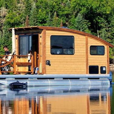 Lo último en mini casa; la mini casa flotante y de consumo ecológico
