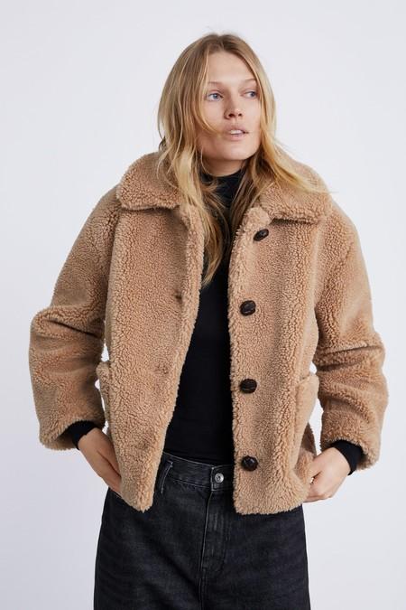 Zara Special Price Abrigo 01