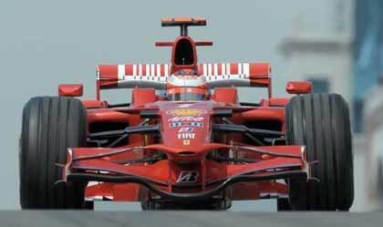 Raikkonen, el más rápido para empezar en Mónaco