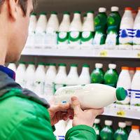 La leche sin lactosa no es más sana que la normal (si no eres intolerante)
