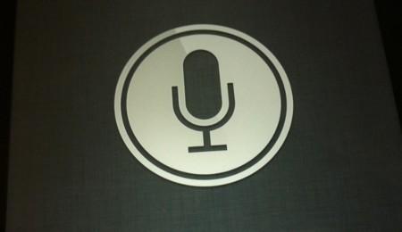 Siri guarda archivos con grabaciones de nuestra voz durante dos años