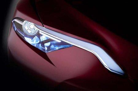 Toyota muestra la primera imagen del NS4