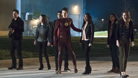 The Flash Season 3 Cast Characters From Returning Heroes To New Enemies