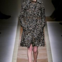 Foto 8 de 23 de la galería valentino-otono-invierno-20112012-en-la-semana-de-la-moda-de-paris-la-moda-esta-triste en Trendencias